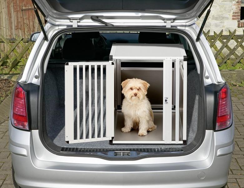 pkw aluminium hundebox transportbox 82 cm x 65 cm. Black Bedroom Furniture Sets. Home Design Ideas